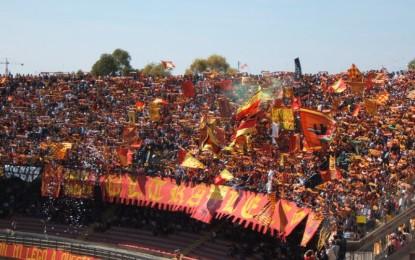 Maxi-schermo a Guagnano per la partita Benevento-Lecce del 18 maggio