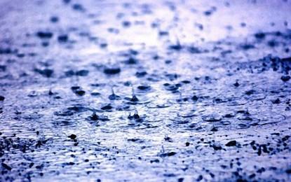 Allerta meteo per temporali e burrasche, domani le scuole di Guagnano e Salice rimarrano chiuse