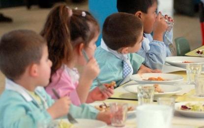 Insetti nella pasta della mensa di due scuole, la ASL di Brindisi esclude contaminazioni