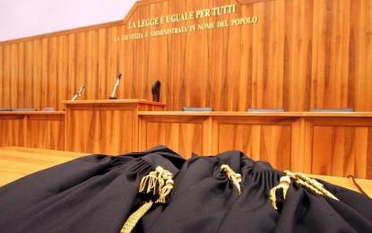 Condannato a trent'anni per l'omicidio del figlio, viene assolto in Appello