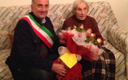 Guagnano festeggia i 100 anni di nonna Vincenza