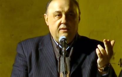 L'ex vicesindaco Ianne al primo cittadino salicese: «Le strade cittadine sono distrutte»