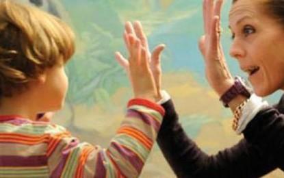 Giornata mondiale per la sensibilizzazione sull'autismo. Anche i Municipi di Guagnano e Salice si colorano di blu