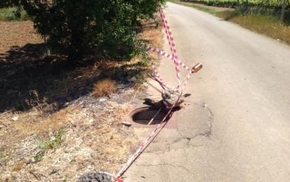 Ladri di ghisa a Guagnano e Villa, rubati undici tombini e una caditoia