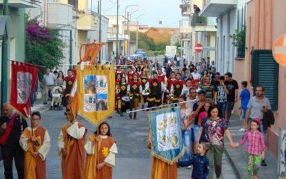 A pomeriggio la Grande Parata Storica colorerà le vie di Salice