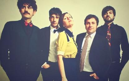 """Tornano i Superpartner con un nuovo singolo: la pink/pop band salentina presenta """"By Moonlight"""" Nella formazione del gruppo anche il batterista guagnanese Mauro Ingrosso."""