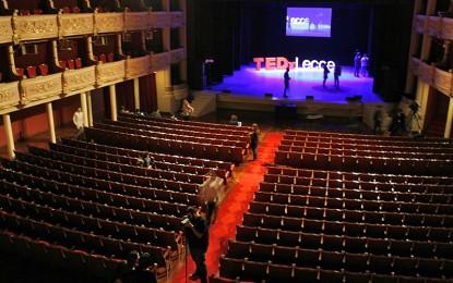 """A Lecce torna il TEDx, il 7 novembre al """"Politeama"""" si parla di """"Revolutionary Roads"""" e anche quest'anno Guagnano c'è Alla regia spiccano ancora una volta i nomi di Gaetano Mangia e Diego Civino, alla loro quarta esperienza."""