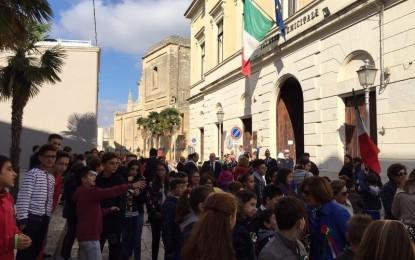 Nella Giornata dell'Unità Nazionale e delle Forze Armate i bambini delle scuole salicesi hanno ricordato il valore di essere italiani