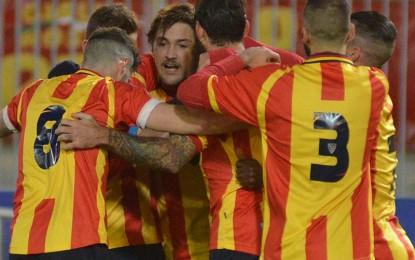 US Lecce, i giallorossi si impongono per 2 a 0 contro la Juve Stabia. Decidono Surraco e Cosenza