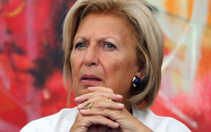 Adriana Poli Bortone si schiera al fianco di Antonella Persano: «Sgradevole ed esagerato attacco nei suoi confronti. Polemiche pretestuose»