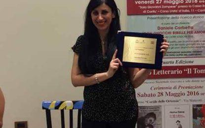 """""""Un caffè in ghiaccio con latte di mandorla"""" sul podio: terzo posto a Cantù per il libro di Valentina Perrone"""