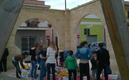"""Oggi nel giardino del Convento di Salice Salentino è andata in scena la """"Festa del Baratto"""""""