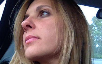 """Terzo posto al Premio Poesia e Narrativa """"La Pania"""" per il """"Mare per le Conchiglie"""" di Mimma Leone"""