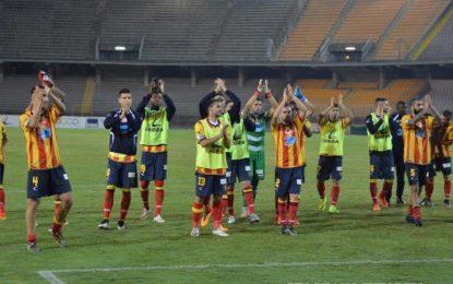 US Lecce, i giallorossi battono la Reggina e riagganciano il Foggia al primo posto