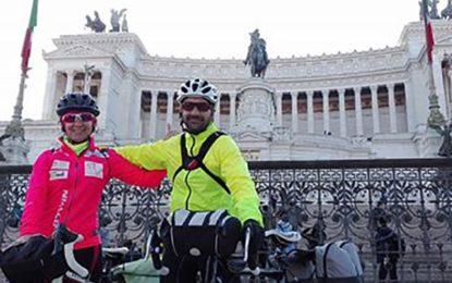 La brindisina Anna Rita Giustizieri ed il salicese Antonio Spagnolo sono rientrati dal viaggio in bici verso Roma