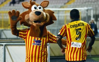 US Lecce, il giallorossi battono il Monopoli in casa e sono campioni d'inverno