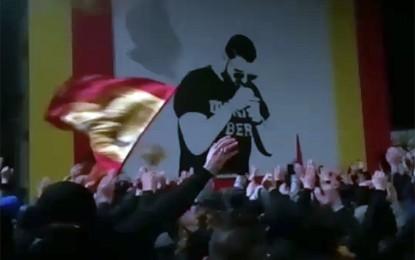"""""""Vincenzo Vive"""", gli Ultras Lecce dedicano un murales al giovane guagnanese scomparso prematuramente"""