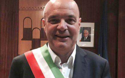 Due carabinieri trepuzzini rischiano la vita per salvare una donna e un uomo, il sindaco Taurino: «Fieri di voi»
