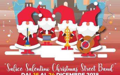 """""""Il suono illuminato"""" riscopre un'antica usanza: i musici vestiti da Babbo Natale suoneranno ogni mattina per le vie del paese"""