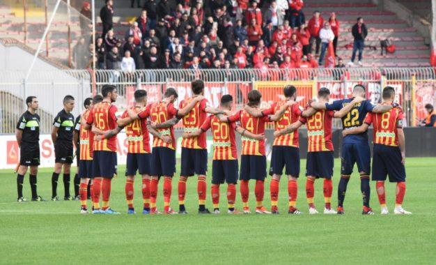"""US Lecce, il Perugia di Nesta spaventa i giallorossi: al """"Via del Mare"""" termina 0 a 0"""