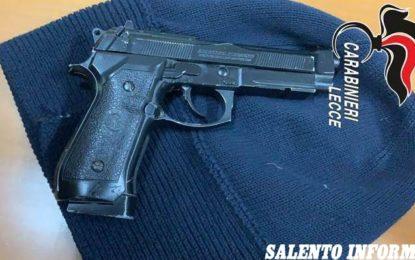 Fermato alla guida di un'auto rubata, aveva pistola e passamontagna: in manette un 34enne di Trepuzzi